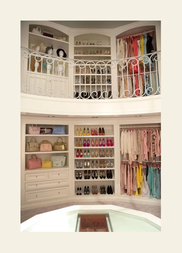 O closet da Chanel, personagem da Emma Watson...?